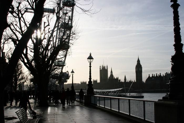 Excellent shot along the Thames